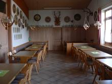 Gaststätte mit Hubertushirsch